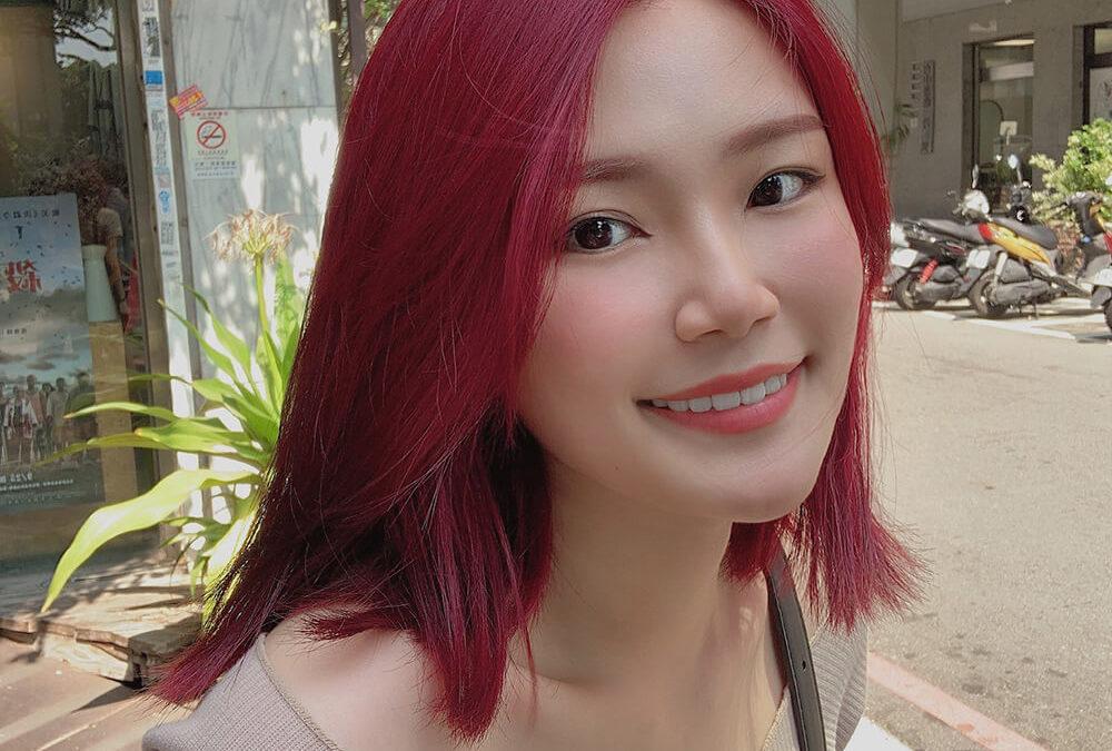 染紅色頭髮可以不用漂?超高調的紅色頭髮讓你變全場焦點